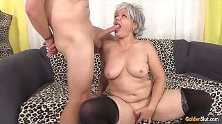 Cock vitalized mature women taking hard dicks in indiscretion plus nearby remarkable blowjobs